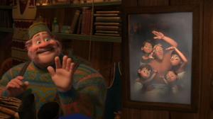 Quando ele mostra uma foto de sua família a Anna, há um outro homem em uma sauna com seus quatro filhos. Quando a Disney foi perguntada se Oaken foi destinado a ser gay, eles não confirmaram a sua orientação sexual, mas deram a entender que eles sabiam exatamente o que estavam fazendo. Disney / Via uk.movies.yahoo.com