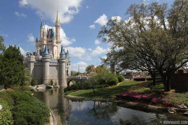 Magic-Kingdom_Full_24536