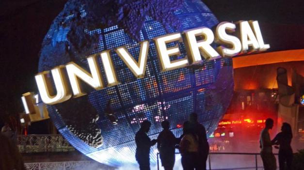 universal-globe-750xx3691-2076-0-410.jpg
