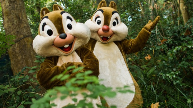 epcot-character-meet-and-greet-chip-n-dale-3.jpg