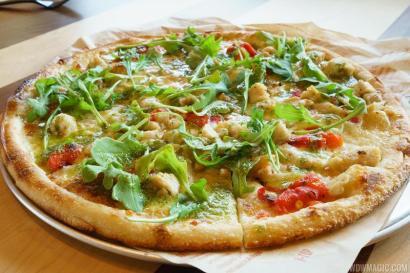 Blaze-Pizza_Full_28614