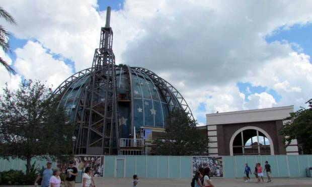 planet-hollywood-observatory-construction.jpg