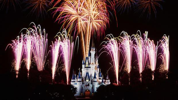 wishes-nighttime-spectacular-05.jpg