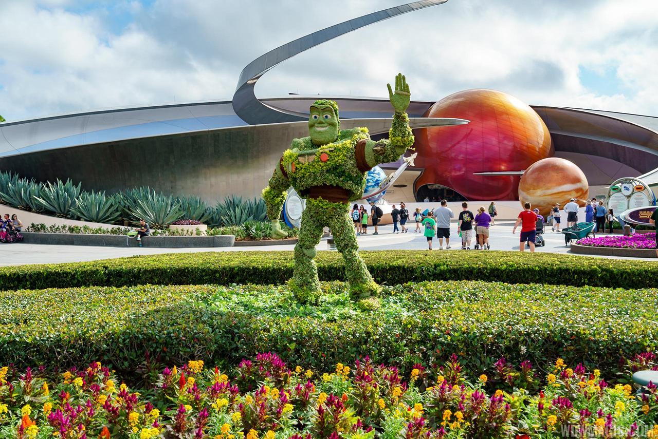 Novas Topiarias Estreiam No Epcot International Flower And Garden Festival 2017 Orlandobservador