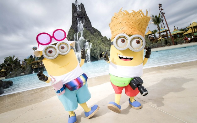 Tourist-Minions-Celebrate-Opening-of-Volcano-Bay.jpg