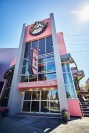 Voodoo-Doughnut-at-Universal-CityWalk-Exterior