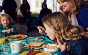 Publicity, Character Breakfast, Minions, Meet and Greet, Loews Sapphire Falls Resort at Universal Orlando, LSFR, SFR, Project 664, Resort, RES, Hotels, Accommodations, Preferred, Universal Orlando Resort, UOR, UO